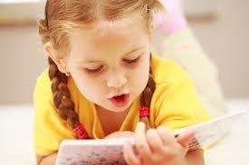 چگونه کودکان را به کتاب خواندن علاقه مند کنیم؟