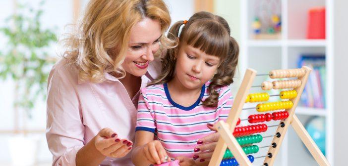 چند راه ساده برای آشنا کردن کودک با مفهوم پول و پس انداز کردن